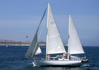 Dream Seaker Sailboat